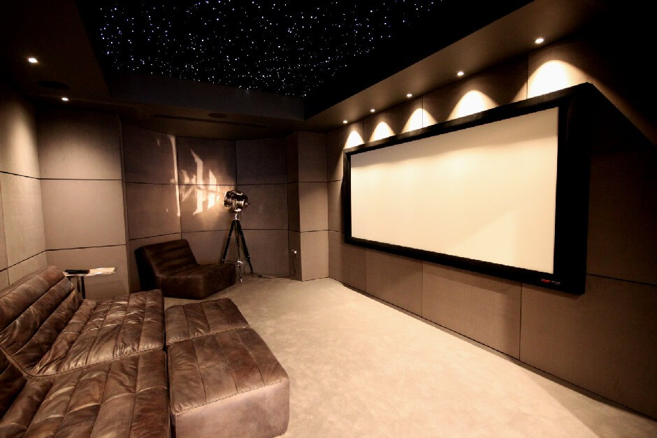 BAD panel diffusors installed in a cinema with jocavi round bass corners