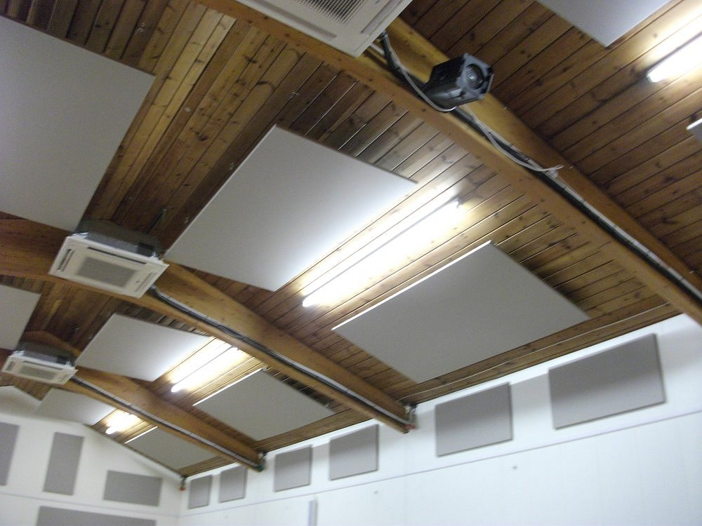 village-hall-acoustic-panels-angled-off-ceiling