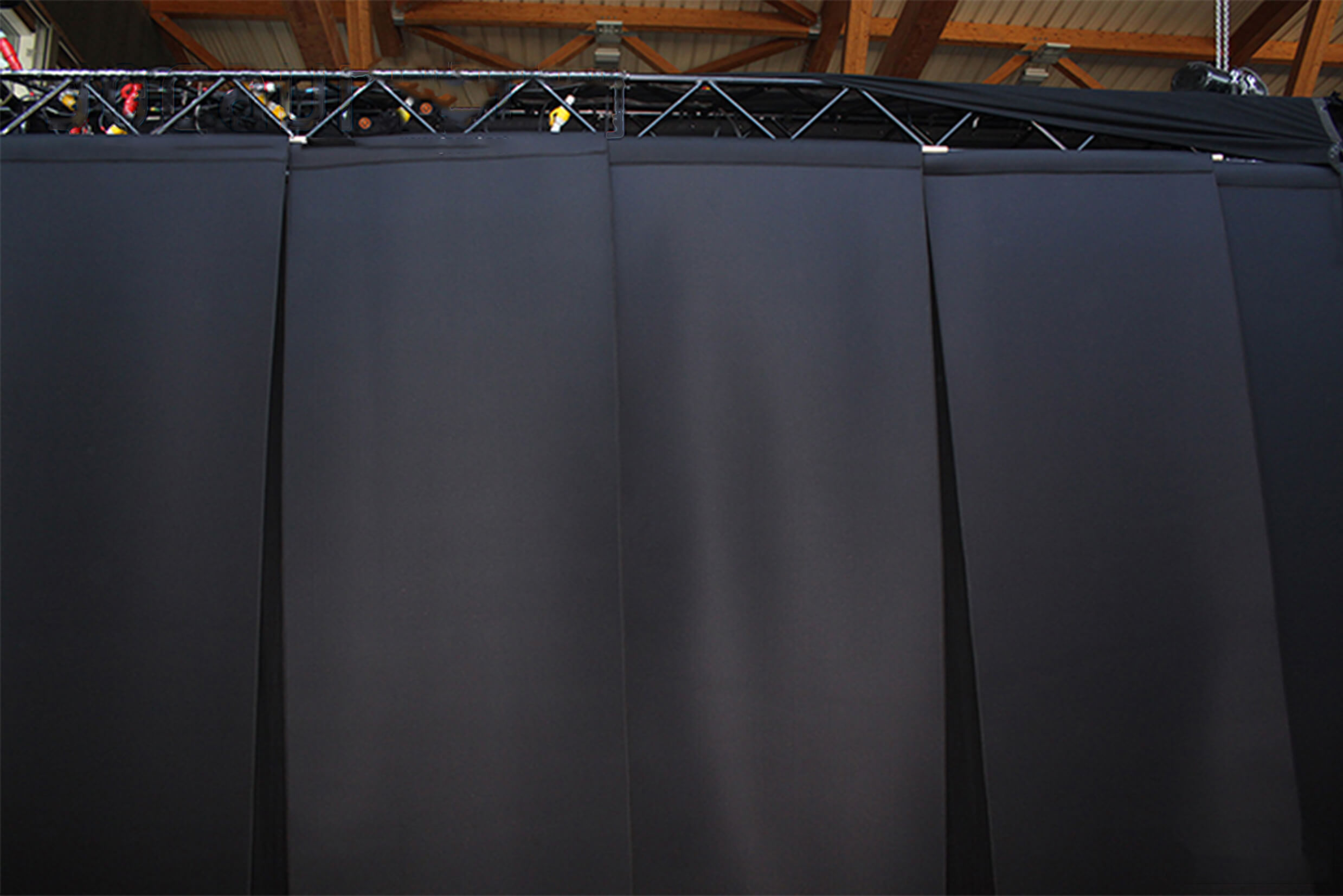 basmel acoustic curtains installed on performance stage