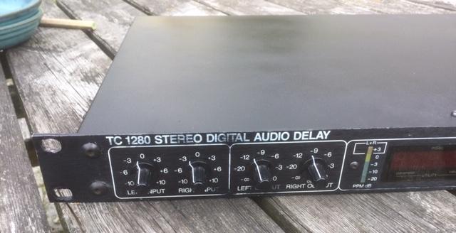 TC 1280 left front panel