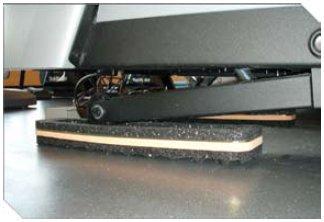 Treadmill running machine isolation pads